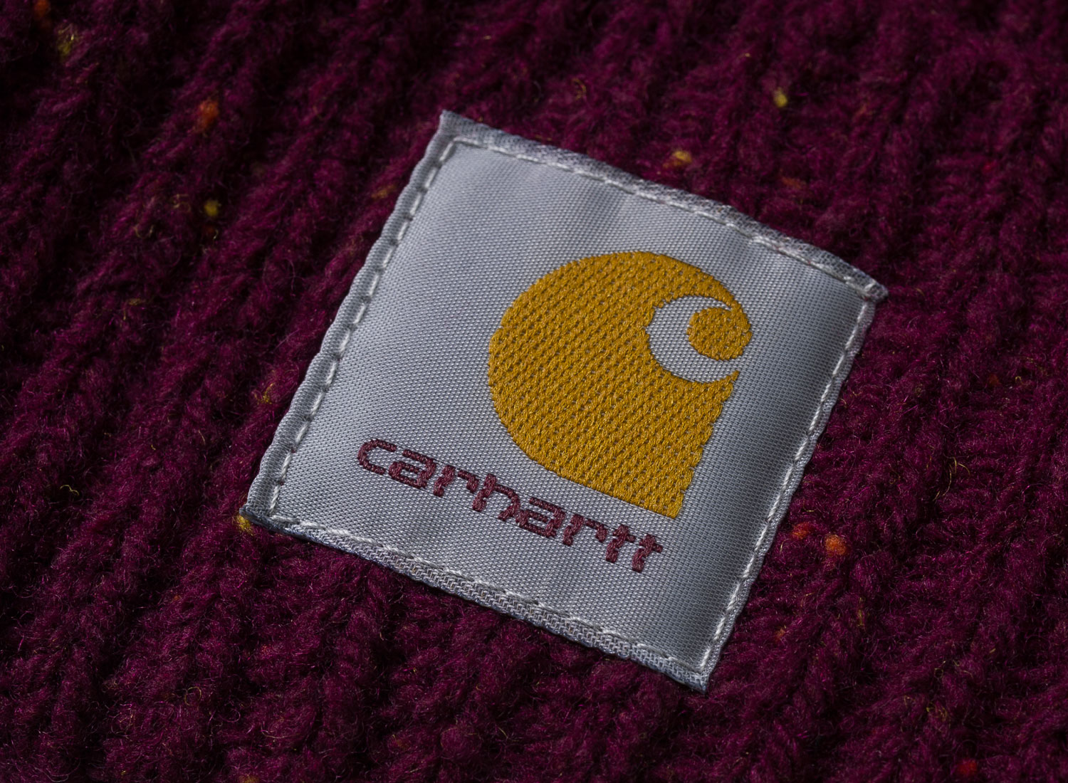 8a40ed5613a44 Carhartt Anglistic Beanie Mulberry I013193   Soldes   Novoid Plus