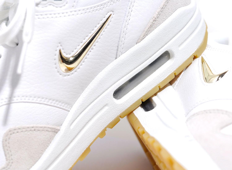 nike air max 1 premium white gold