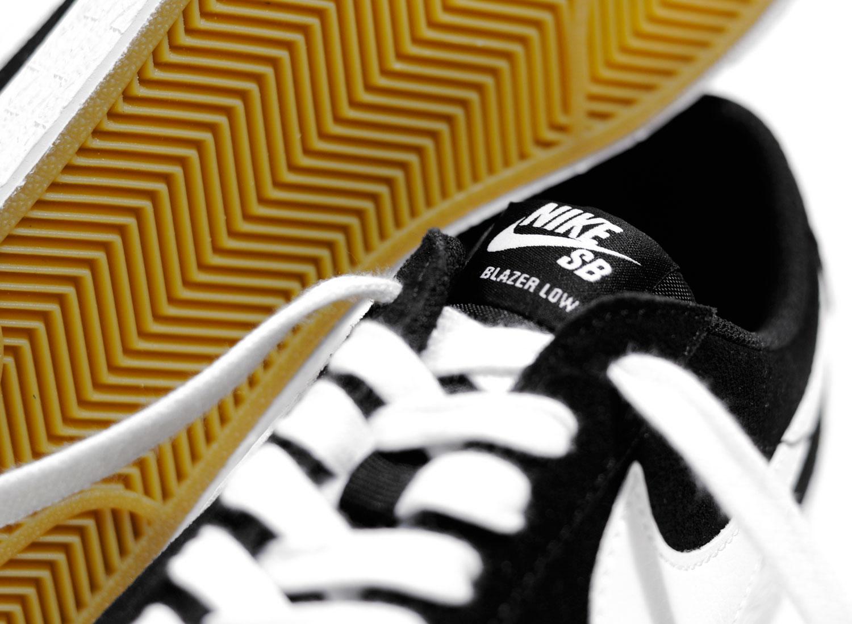 93eb0096a142 Nike SB Zoom Blazer Low Black 864347-019   Soldes   Novoid Plus
