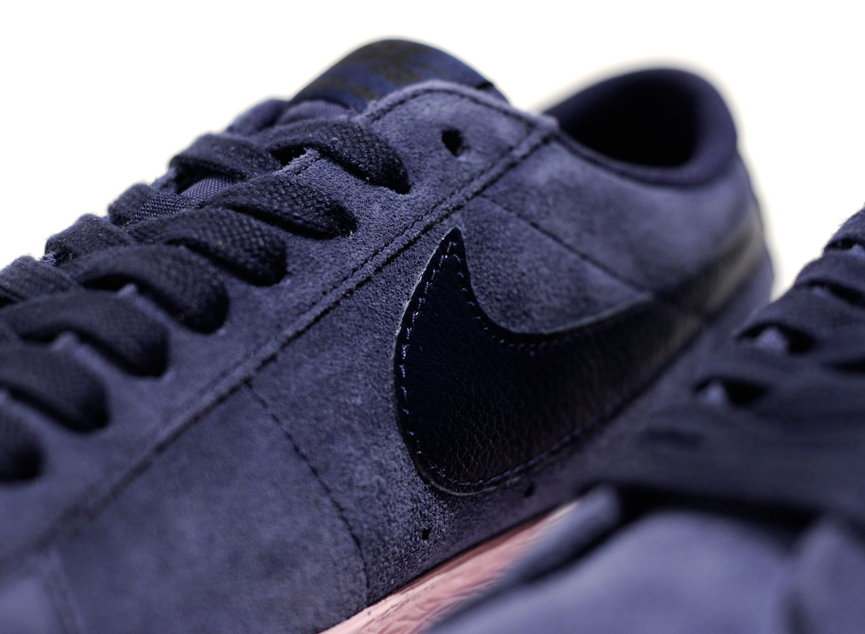 6ac6a81b35d0 Nike SB Zoom Blazer Low Obsidian   Bubble Gum 864347-402   Soldes   Novoid  Plus