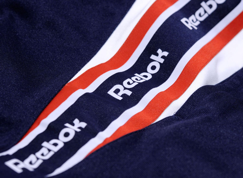 reebok retro joggers in navy bq5413