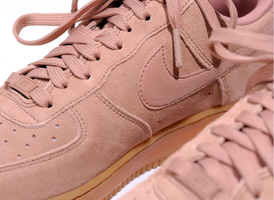 Nike Air Force 1 07 LV8 Particle Pink