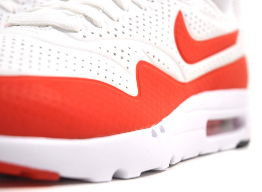 NIKE AIR MAX 1 ULTRA MOIRE SUMMIT WHITE / CHALLENGE RED