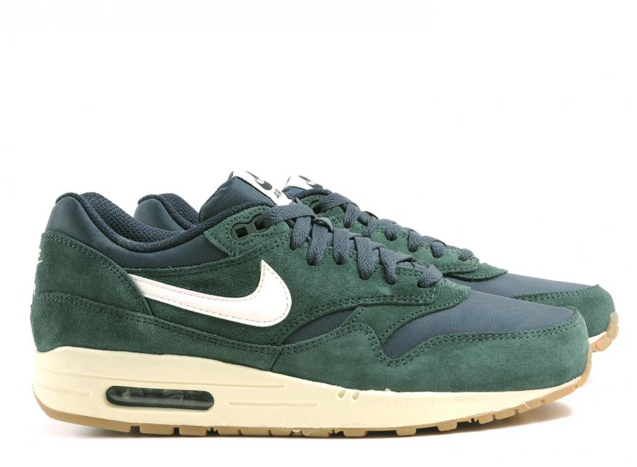 air max one essential green