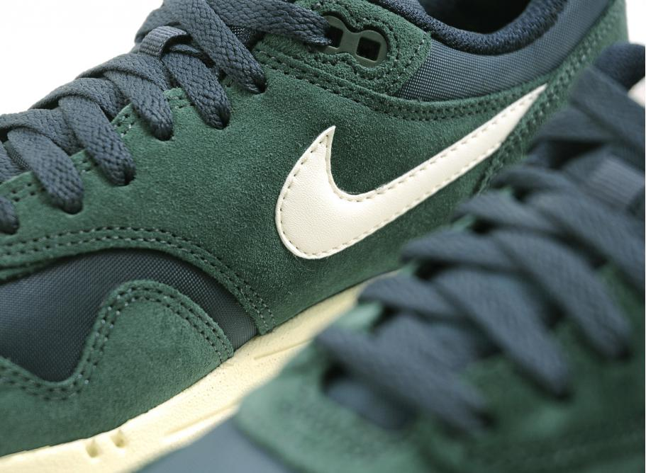 Nike Air Max 1 Essential Pro Green Sail