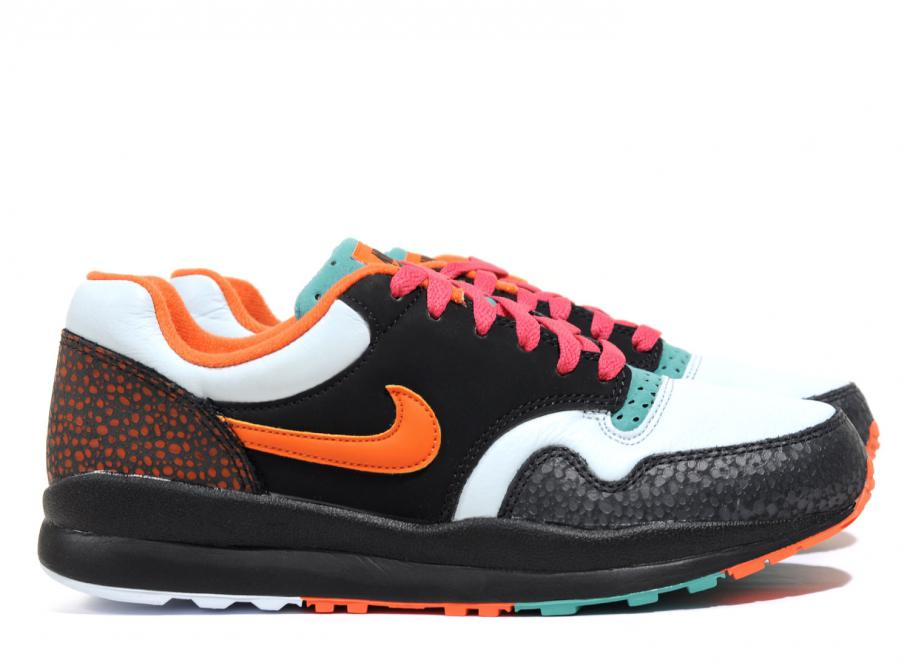 b35d31a8a3 Nike Air Safari SE Black / Team Orange AO3298-002 / Soldes / Novoid Plus;