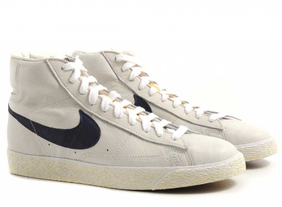 best sneakers 91d3f d9197 nike blazer vintage navy