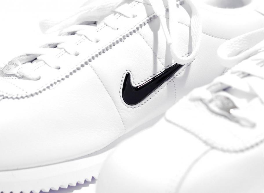 82d49fd8494851 Nike Cortez Basic Jewel QS White   Black