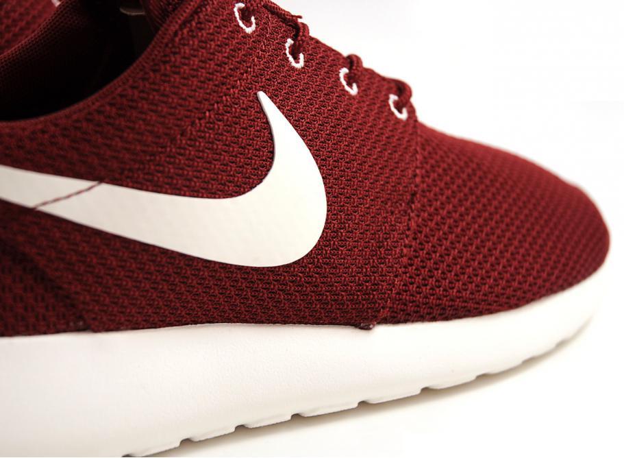 en soldes dc51c 602cb Nike Rosherun Team Red / Sail