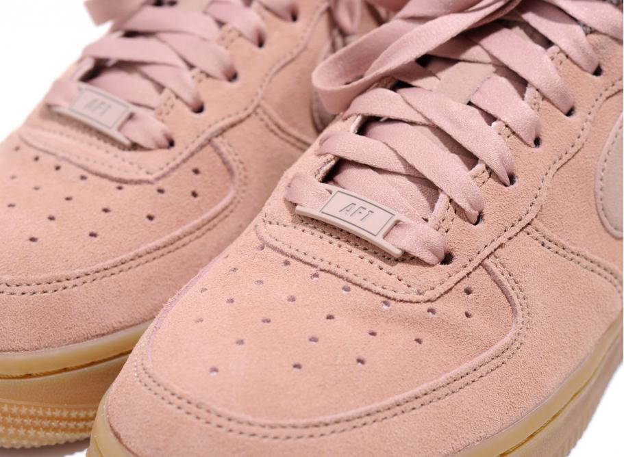 Nike Wmns Air Force 1 07 SE Particle Pink