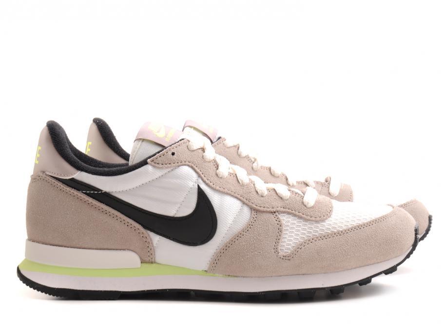 buy popular b0a62 40b87 Nike Wmns Internationalist Mid Orewood Brown   Soldes   Novoid Plus