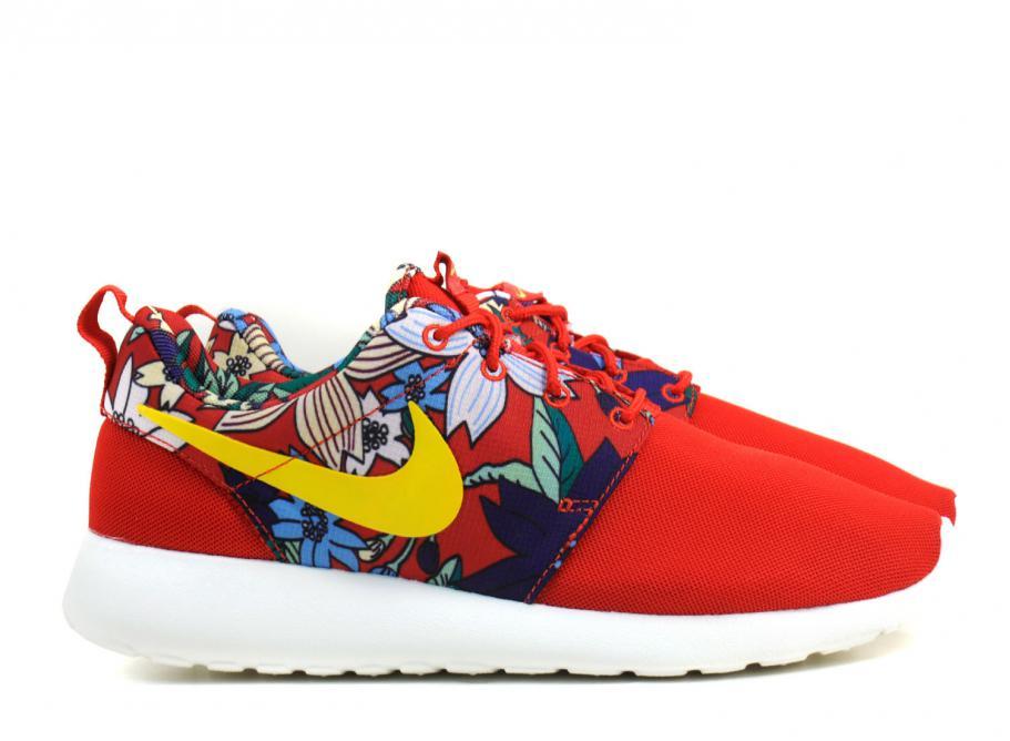 Nike Wmns Roshe One University Red Print Aloha   Soldes   Novoid Plus 59aaff7f0