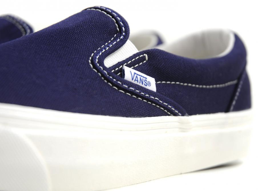ecca64cf8203 Vans OG Classic Slip On LX Canvas Peacoat   Soldes   Novoid Plus