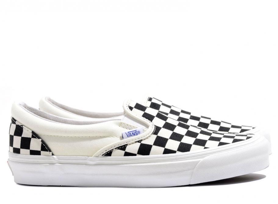 5fab01eb46 Vans Vault OG Classic Slip On LX Checkerboard Black   White   Soldes    Novoid Plus